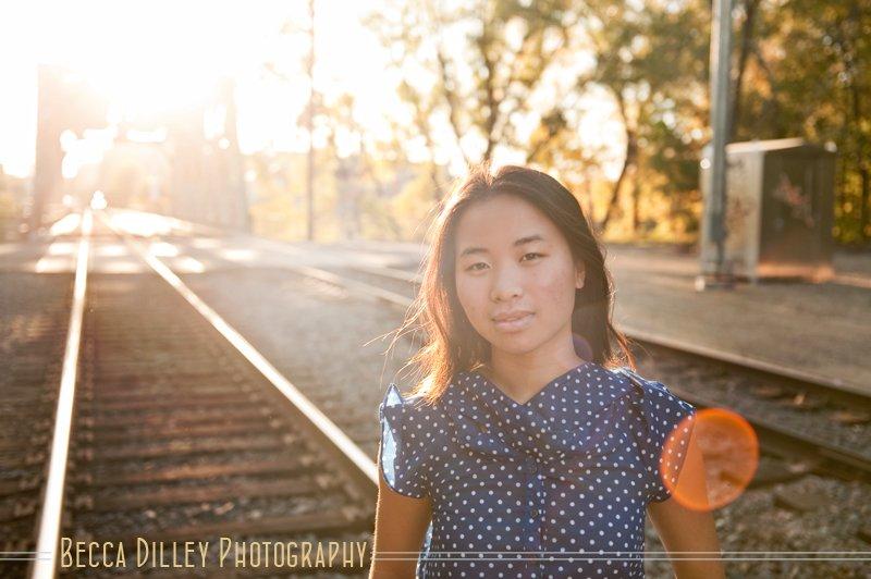 train track senior portraits minneapolis photographer