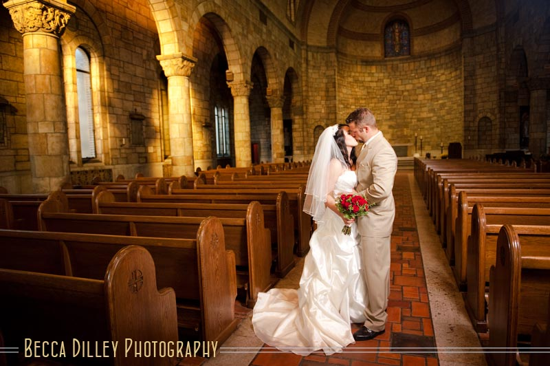 St Catherine\'s University Chapel Wedding Preview {Amber & Cy ...