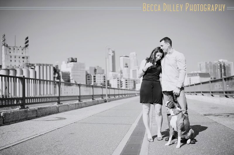 Minneapolis engagement photos with dogs