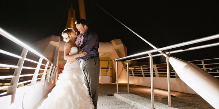 Milwaukee Art Museum Wedding at Night