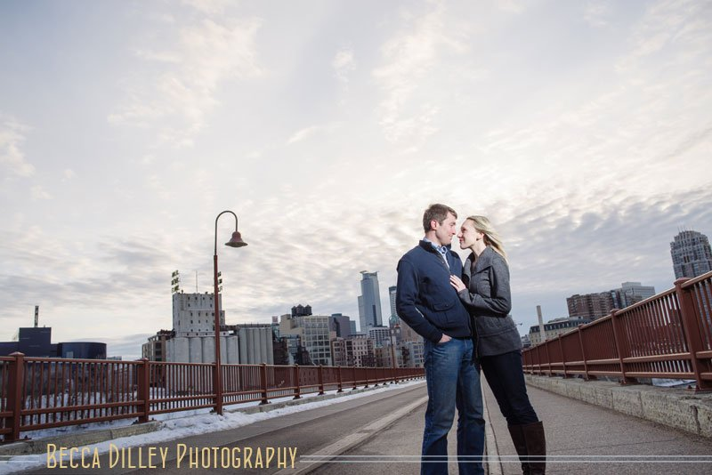 Stone Arch Bridge engagement photos in winter minneapolis mn