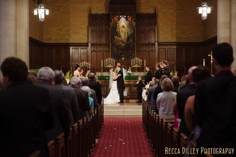 first kiss at Bethlehem Lutheran Church wedding minneapolis mn