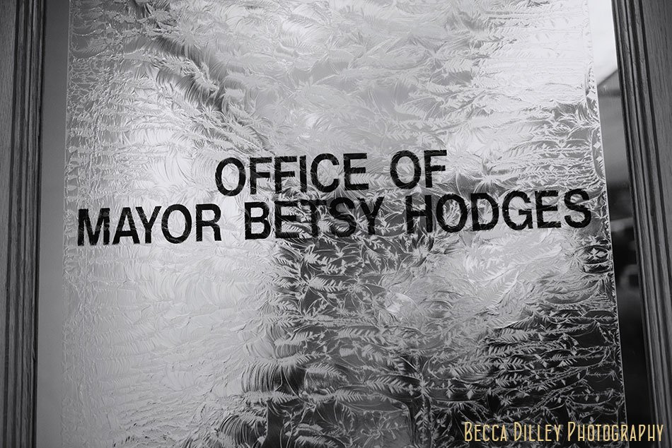 office of mayor Betsy Hodges Minneapolis elopement