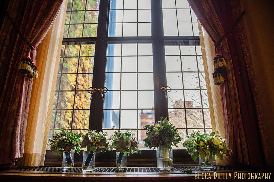 Minneapolis club wedding flowers