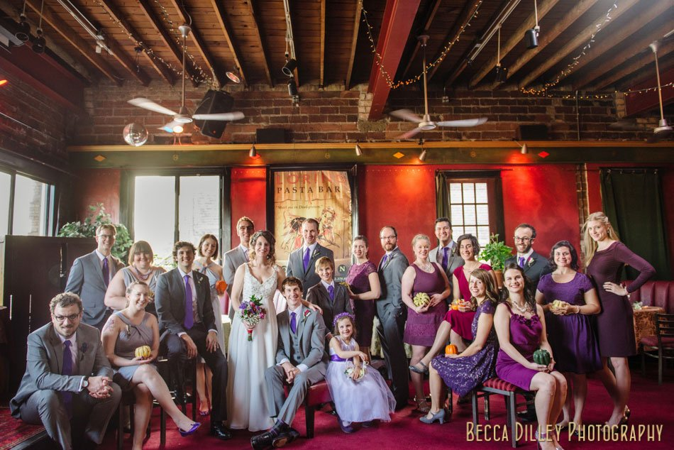 20 person wedding party photographer