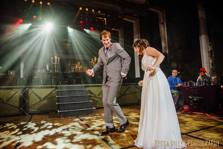 Minneapolis-wedding-photographer-varsity-theater-loring-pasta-bar-074