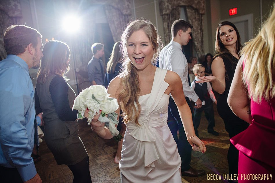 minneapolis-gale-mansion-wedding-golden-108