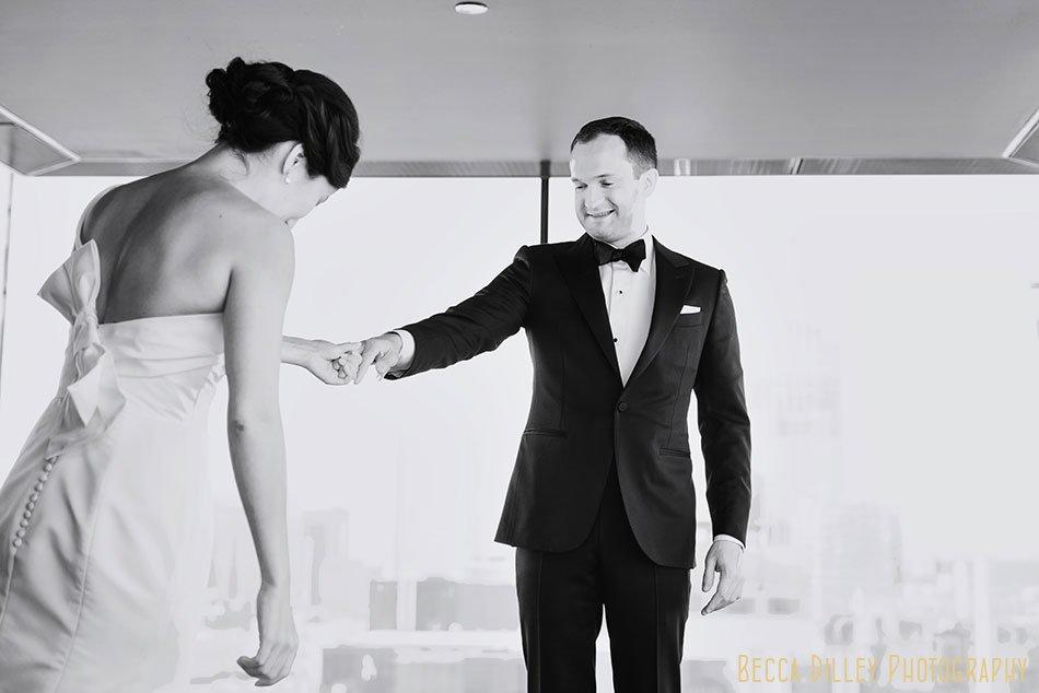 Guthrie-theater-minneapolis-wedding-photographer-012