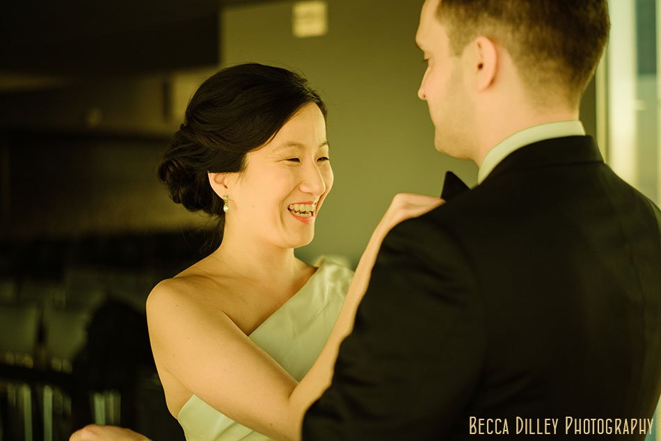 Guthrie-theater-minneapolis-wedding-photographer-016