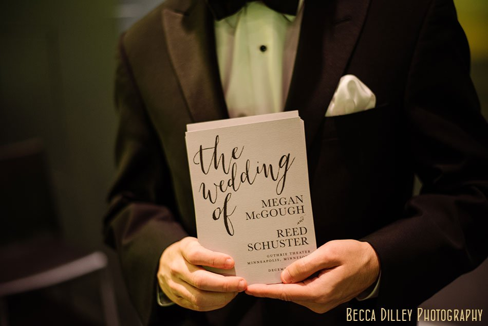 Guthrie-theater-minneapolis-wedding-photographer-054
