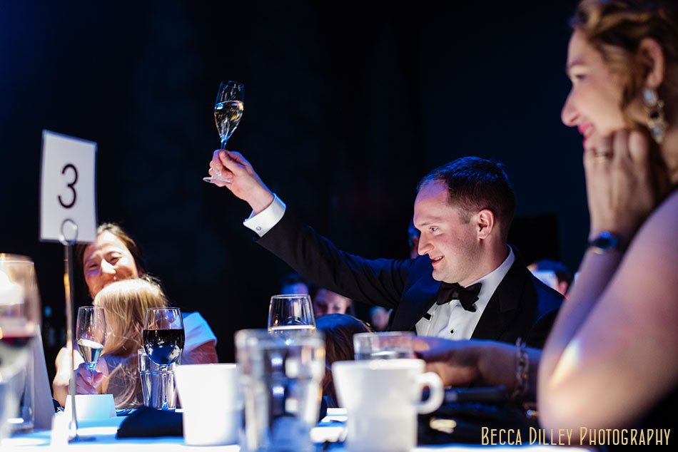 Guthrie-theater-minneapolis-wedding-photographer-094