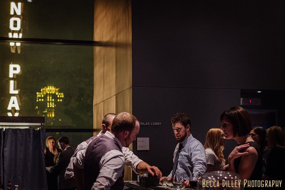 Guthrie-theater-minneapolis-wedding-photographer-105