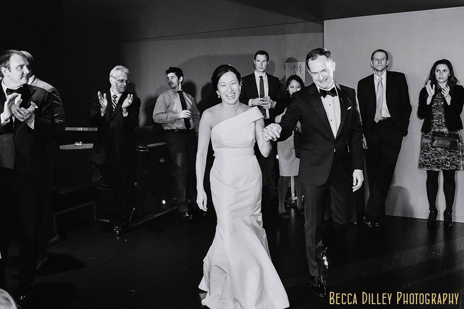Guthrie-theater-minneapolis-wedding-photographer-106