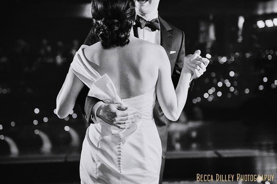 Guthrie-theater-minneapolis-wedding-photographer-108