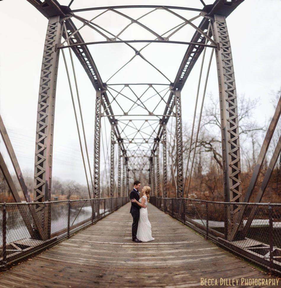 boom island bridge wedding photo panorama