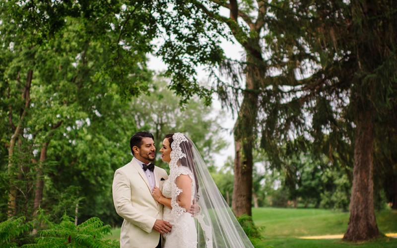 wayzata country club wedding bride and groom in green mn