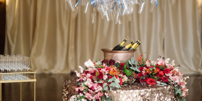minneapolsi club wedding champagne above table