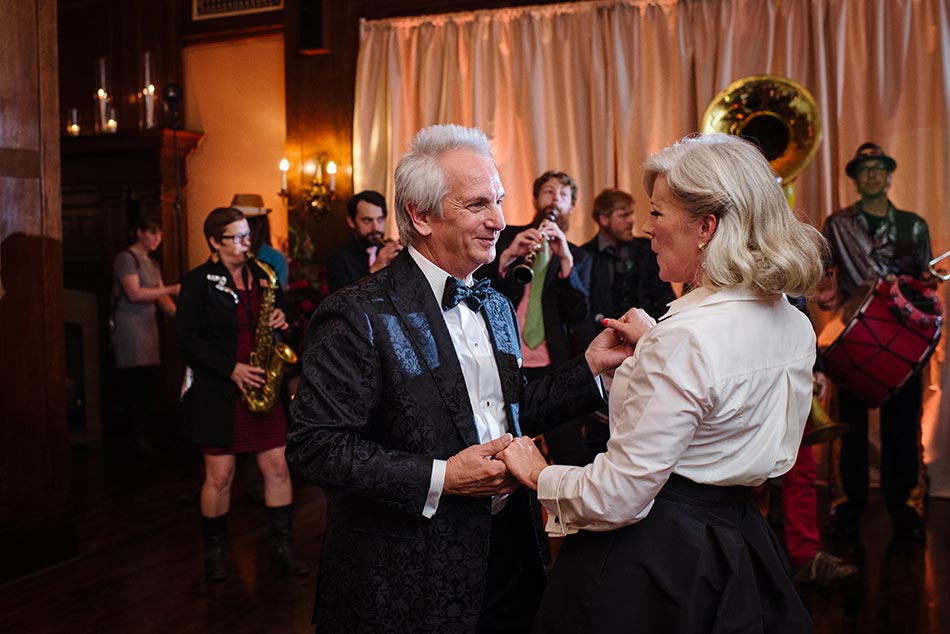 lavish-minneapolis-club-wedding-mn-034