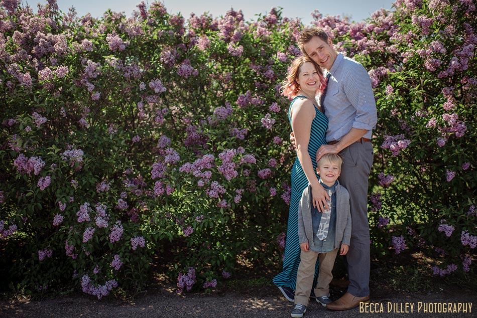 Tips for natural feeling family portraits