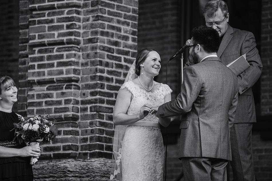Stillwater-historic-courthouse-wedding-mn020
