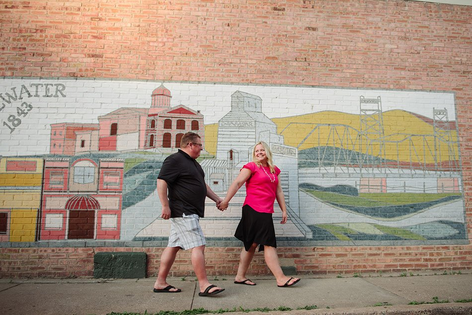 Stillwater liftbridge engagement portraits