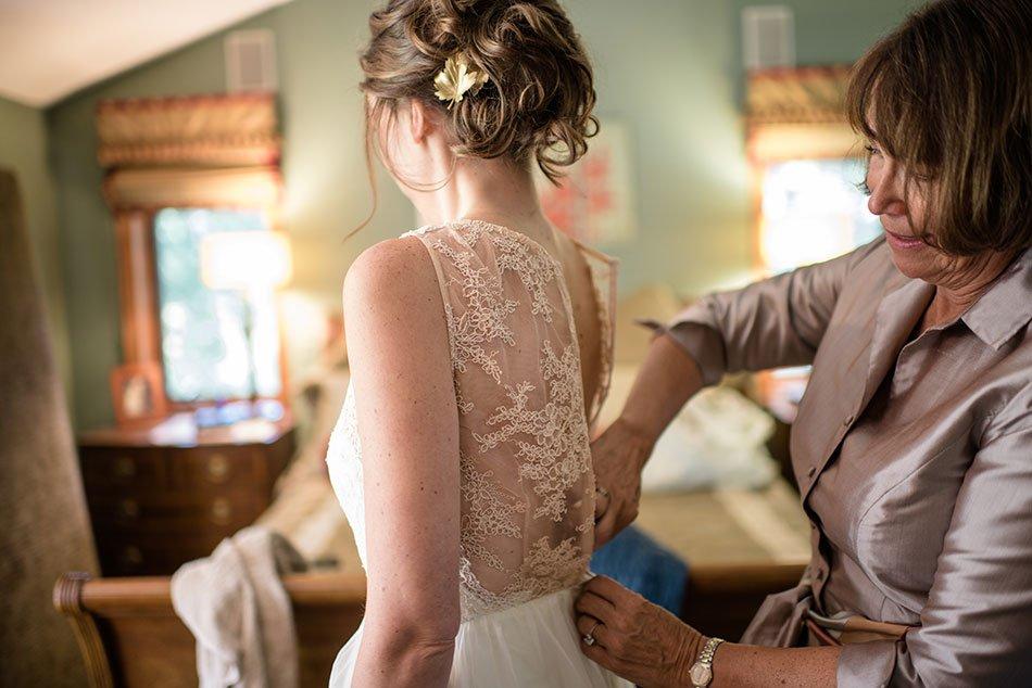 mom buttons wedding dress