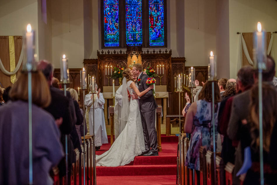 ceremony first kiss St Lukes Episcopal church wedding minneapolis