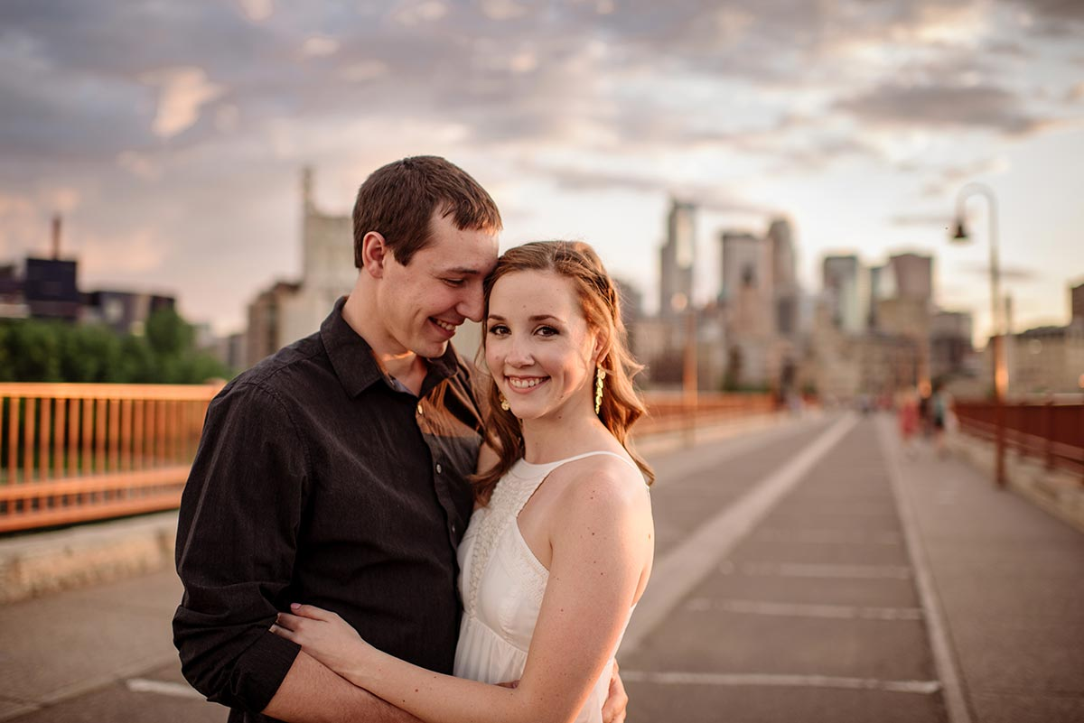 best minneapolis wedding photographer stone arch bridge engagement