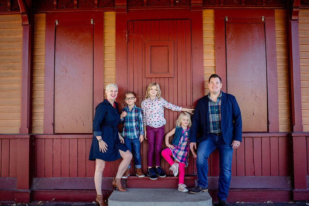 modern-casual-family-photos-minneapolis-001